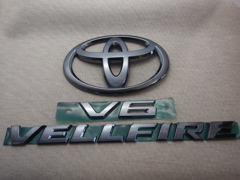 ◇トヨタ30系VELLFIREプラチナブラックエンブレム!